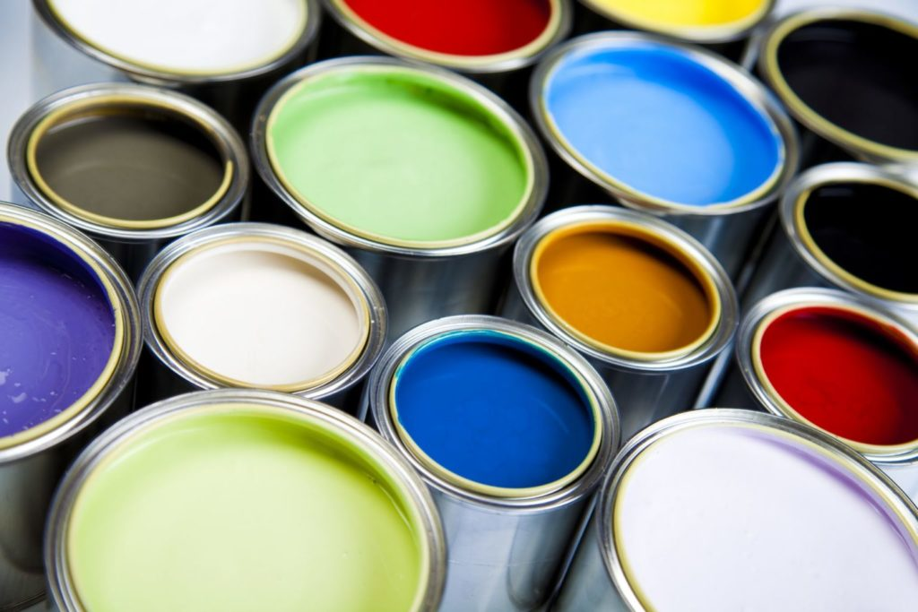 краска в банках