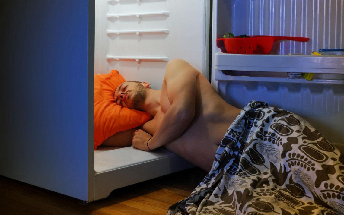 как спать если жарко