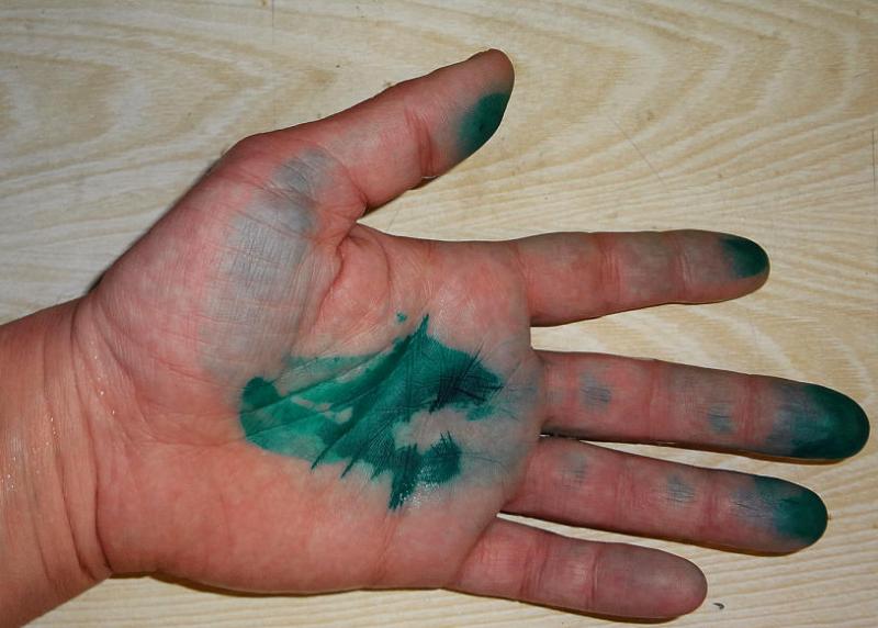 как отмыть зеленку с рук