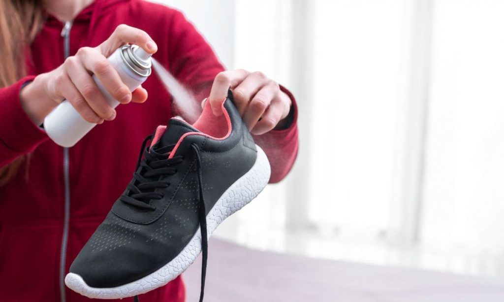 как уничтожить грибок в обуви